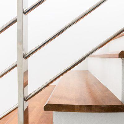 escalier-bois-menuisier-carcassonne
